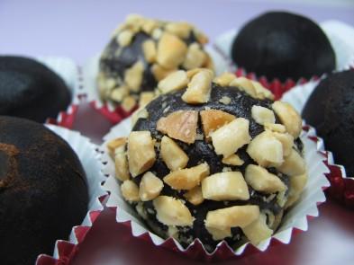 peanut carob candy balls