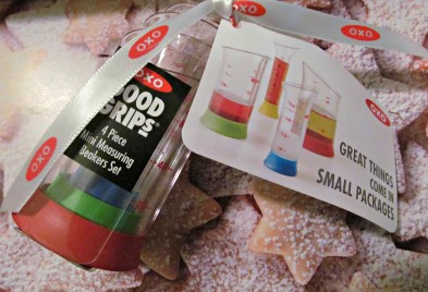 {oxo mini beakers} cute kitchen stuff