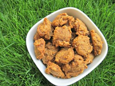 (vegan, vegetarian, dairy-free) apple molasses dog treat/biscuit recipe