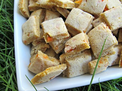 (dairy, wheat and gluten-free, vegan , vegetarian) carrot banana dog treat/biscuit recipe