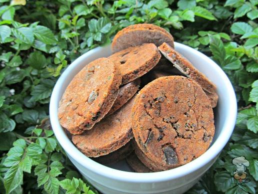 (wheat and gluten-free) tomato & herb chicken liver dog treat/biscuit recipe