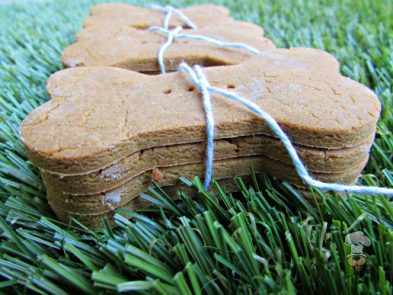 (wheat, gluten and dairy-free, vegan, vegetation) peanut butter sweet potato dog treat/biscuit recipe