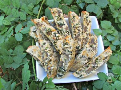 kale beef liver biscotti