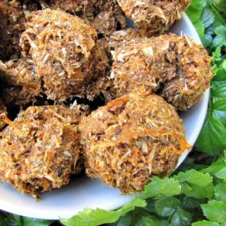(dairy-free, vegan, vegetarian) sweet potato honey dog treat recipe