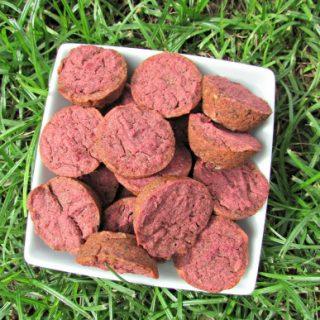 (wheat, gluten, grain, dairy-free, vegan, vegetarian) apple beets dog treat/biscuit recipe