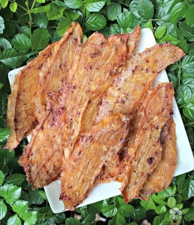 (wheat, gluten, grain and dairy-free) cinnamon ginger cranberry chicken jerky