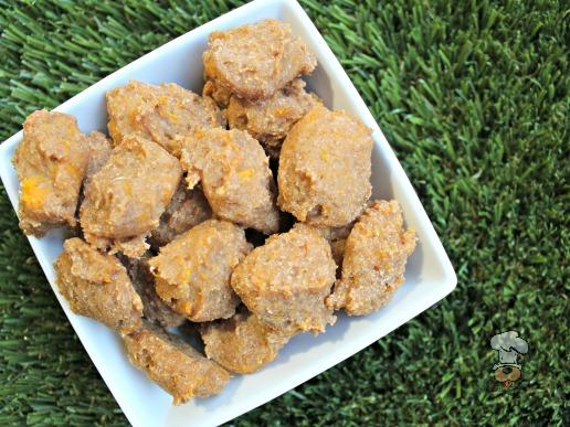 (wheat and dairy-free, vegan, vegetarian) apple squash dog treat/biscuit recipe(wheat and dairy-free, vegan, vegetarian) apple squash dog treat/biscuit recipe
